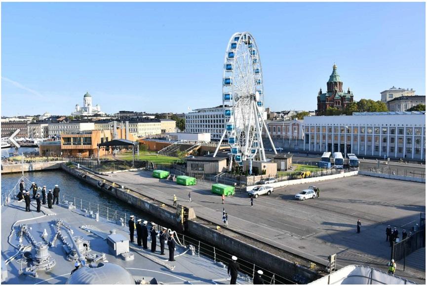 ヘルシンキ(フィンランド)入港_s