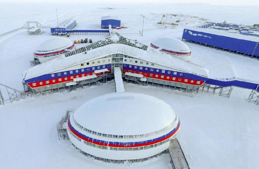 ロシア、北極圏、軍事基地_s