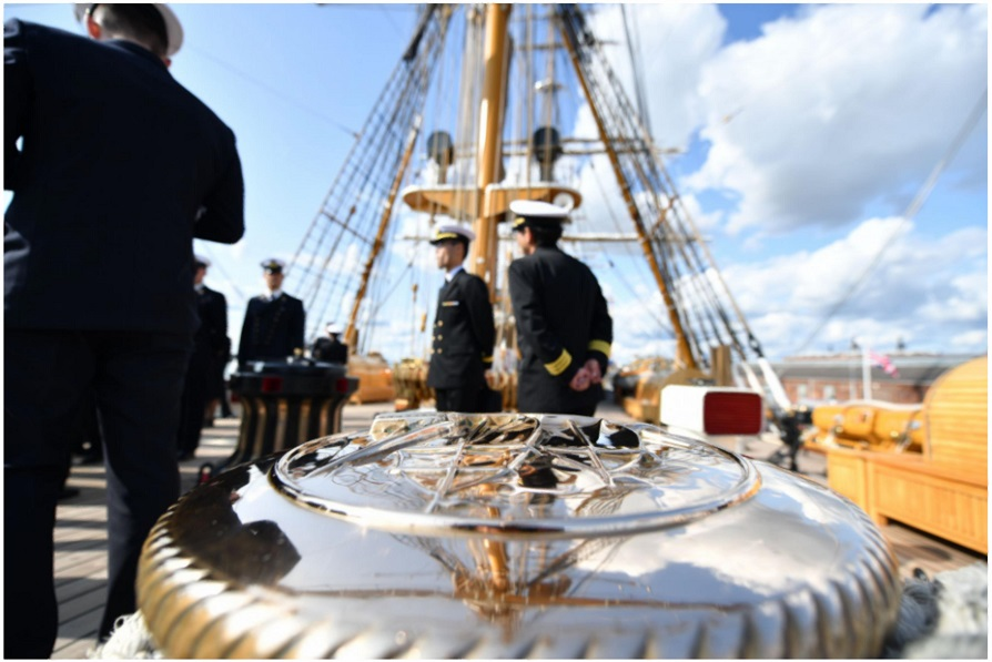 NATO加盟国海軍士官(ベルギー、ドイツ、デンマーク、オランダ、英国、米国)に対する乗艦研修2_s